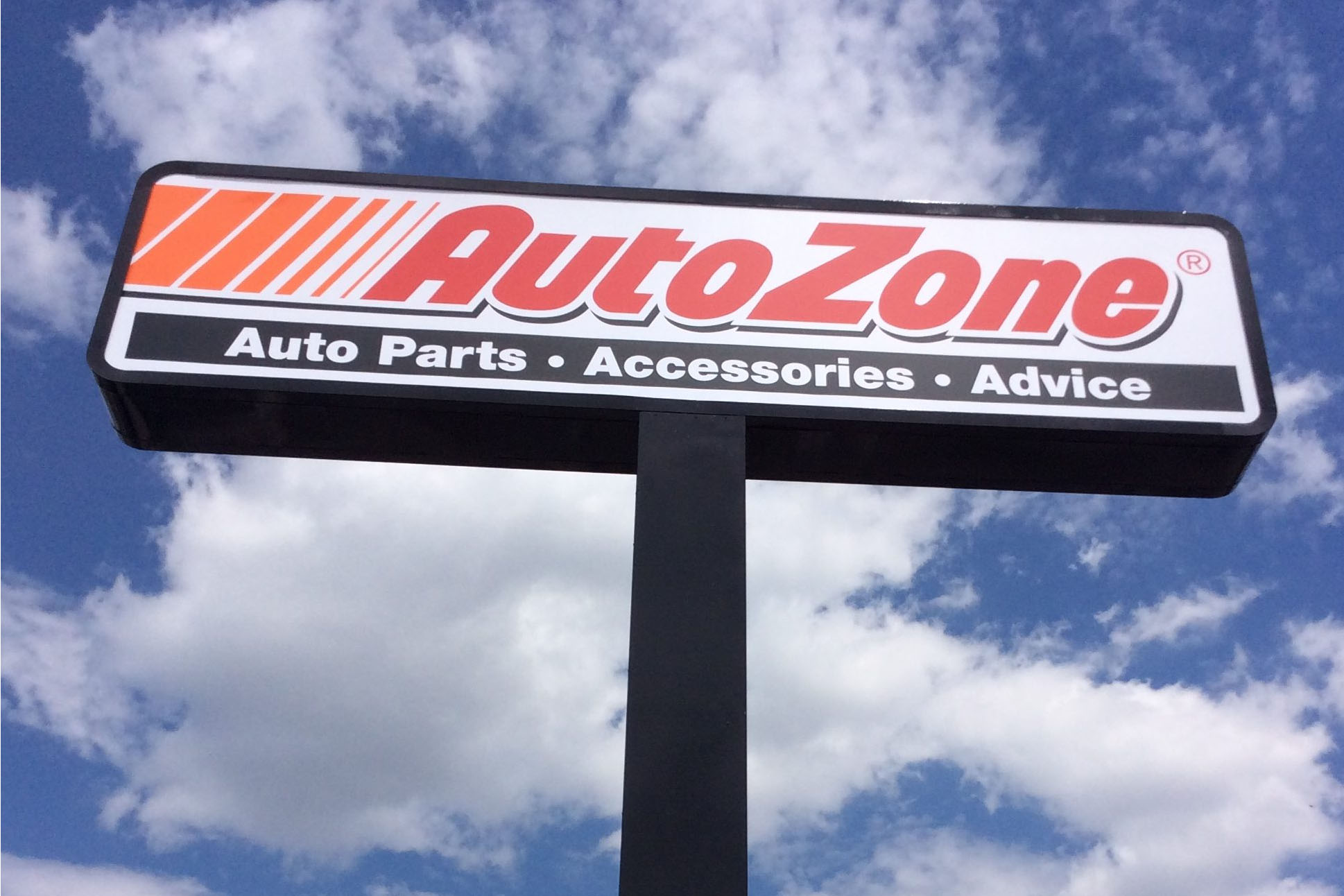 Pylon sign for Auto Zone in Indianapolis, Indiana