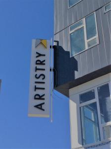 artistry-blade-sign-indy-indiana