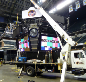 bankers-life-fieldhouse-indianapolis-fever-sign-cabinet-install