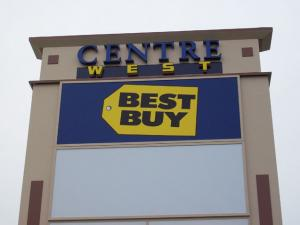 centre-west-indianapolis-multi-tenant-pylon-sign