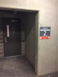 stairway-stairwell-signage-discharge-information